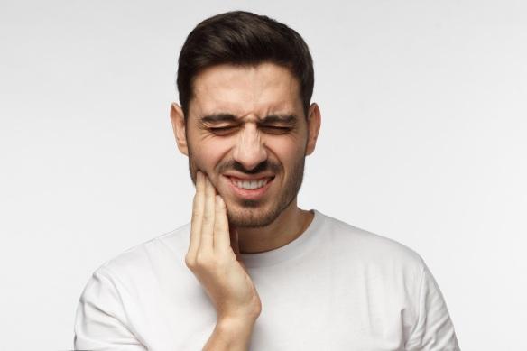 Douleur-machoire. Urgence dentaire SAMEDI DIMANCHE.jpg
